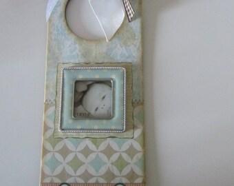 Plate doorknob for child's room