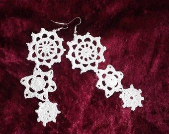 Cotton white pendant earrings