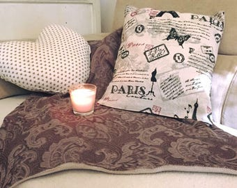 "Pillow ""Paris"" theme"