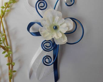 PIN back train Blue Navy and white with delphinium