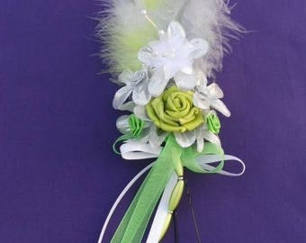 Peak bun, green and Silver flower
