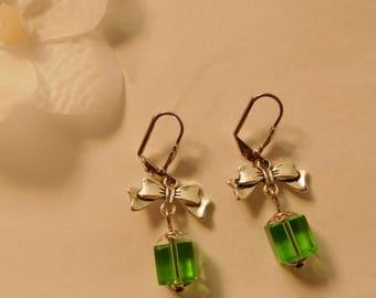 Green glass cube bead knot earrings