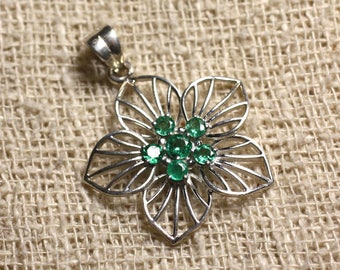 Stone - Emerald and 925 Silver Pendant 3 and 4mm flower 30x28mm