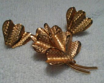 Vintage Coro Pegasus Matching Clip/Screw-On Earrings and Brooch Art Deco Modern