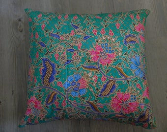 3 worm printed cotton cushion covers