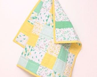 Modern Baby Quilt - Baby Blanket - Crib Blanket