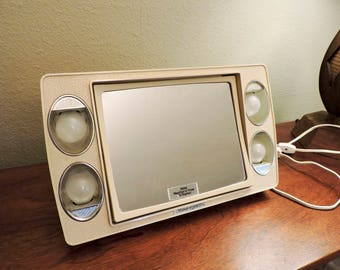 Vintage Retro Mirror Go Lightly With Carrying Case Vanity Mirror with Magnifying Light Up