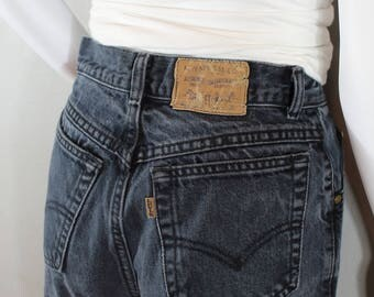 Vintage Levis/waist 25 / gray,black jeans, mom jeans, high waisted, tapered leg