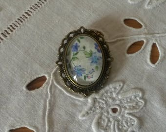 Brooch vintage liberty blue flowers with glass cabochon
