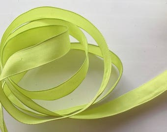 5 fancy - lime green color - 15mm wide No. 1575 Ribbon