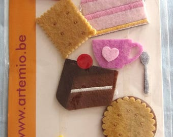 DECORATIONS in felt x 11-themed cakes Tea Cup etc...  for decoration and cardmaking REF.  13070023
