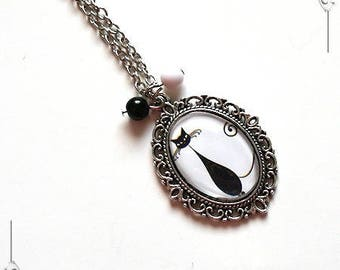 """""""Le Chat"""" 3 black & white Cabochon pendant romantic Locket necklace with glass and silver plated copper"""