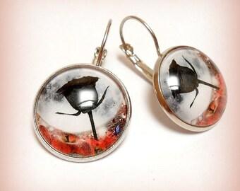 """The black Tulip"" cabochon earrings"