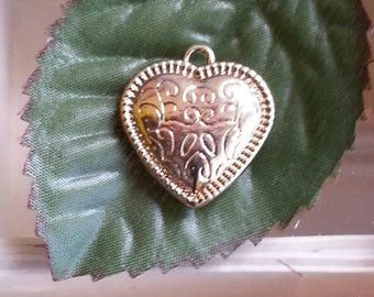 imperishable heart pendants in gold, 22 x 20 x 6 mm, hole: 1 mm