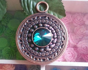 1 large pendant, flat round, nickel, 73 x 58 x 4 mm, hole: 10 mm copper alloy plated Emerald rhinestone