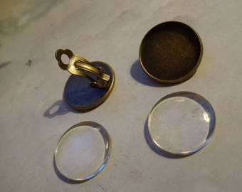 1 pair (2 pieces) clips with its glass cabochon 18 mm