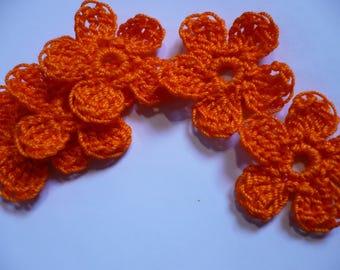 set of 5 crocheted colored flowers orange, 29 mm in diameter