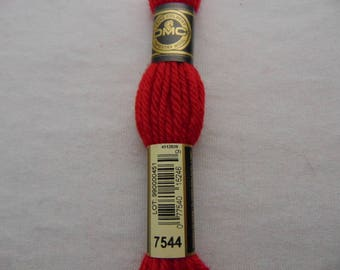 Cotton canvas, DMC wool Colbert 486 E_7544, red lacquer Chinese