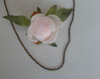 Metal bronze curbed chain