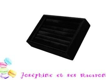 1 display ring black velvet