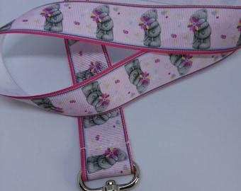 Wrist strap for badge bears