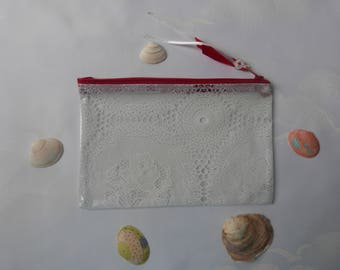 "Zip pouch in a clear vinyl, waterproof PVC ""lace"", Kit makeup, medicines, pouch bag handmade"