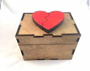 Magic Open Puzzle Box - Broken Heart Motif
