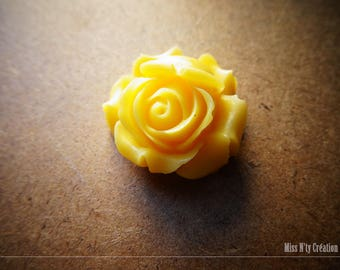 1 large yellow resin Rose flower Cabochon
