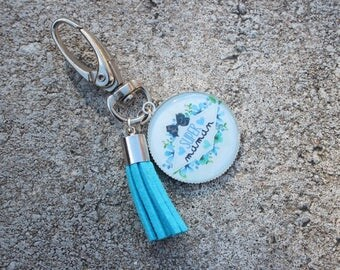 "Grigri cabochon ""super MOM"" keychain with Blue Suede tassel"