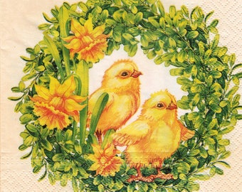 342 two chicks in the DAFFODIL pattern 4 X 1 lunch size paper towel