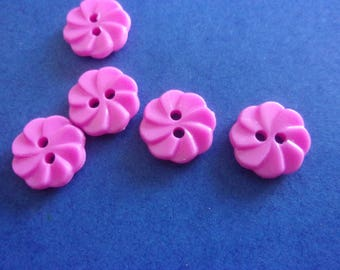 Set of 5 pink buttons shaped acrylic flower, 2 holes - 12 mm