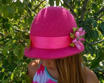 Felted hat, wool hat, pink hat