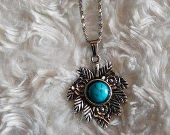 Inca leaf necklace