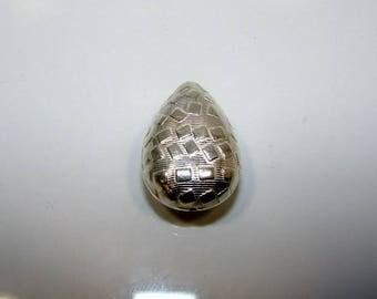 Silver Teardrop bead 24.00 by 16.50 mm. Money first.