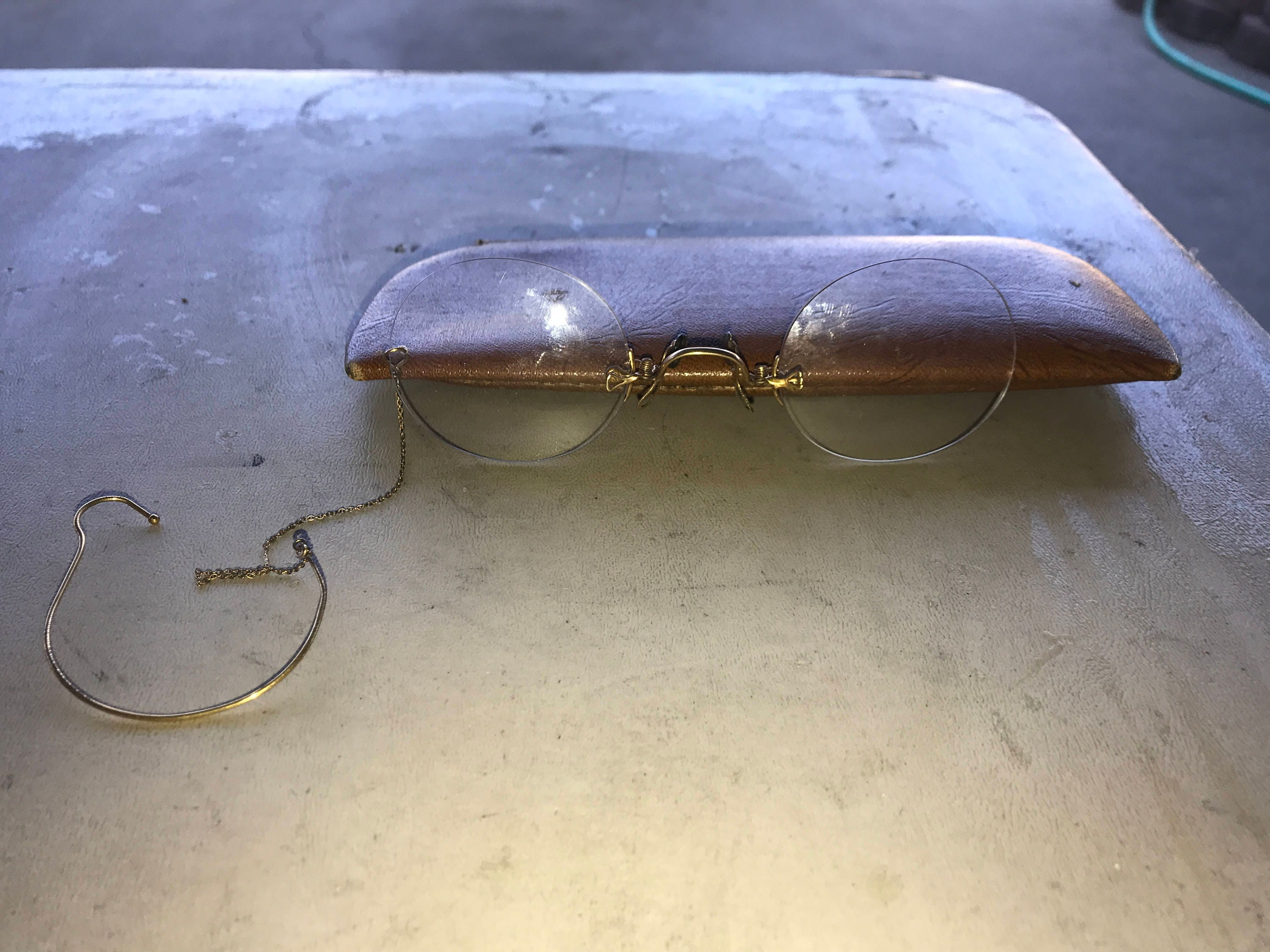 abc4ccce41 Pair Antique Pince Nez Pinch Nose Spectacles No Frame Glasses w Gold Tone  Chain