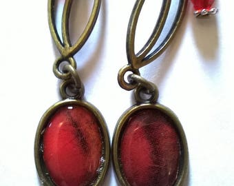 bronze earrings stunning cabochon not plain red from a painting within a sumptuous pendant