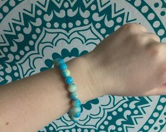 Blue tie dye bead bracelet
