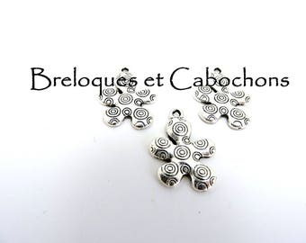 1 flower charm pendant