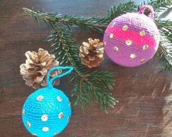 Set of 2 Christmas balls