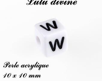 Alphabetical 10 x 10 mm white acrylic bead: letter W (set of 10)