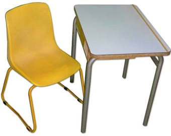 Vintage - 70's school desk