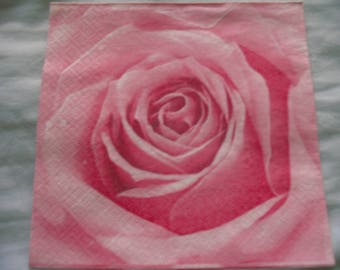 TOWEL PINK DECORATION