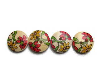 4 buttons in wood pattern flowers 17 mm