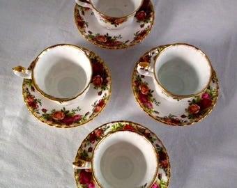 Royal Albert Tea Cup &Saucer x4 , Old Country Roses, Vintage Royal Albert, Floral Teacup, fine bone china English Porcelain