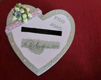Customized heart shaped wedding urn