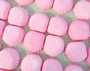 Bulk of 35 Rose Seashell Bath Bombs