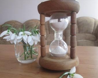 Vintage wooden hourglass,  Sand clock, Vintage 4 minute sand timer, Vintage sandglass timer, Sand timer, Vintage home decoration, Gift idea