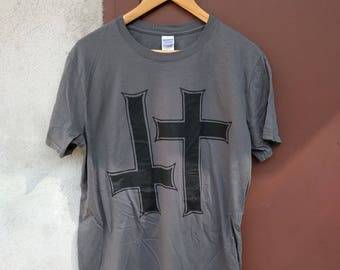 Vois T-Shirt (inverted cross, punk, hardcore, crust)