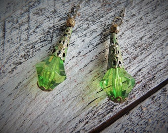 Green Emerald Steampunk Earrings, Victorian Earrings, Steampunk Earrings