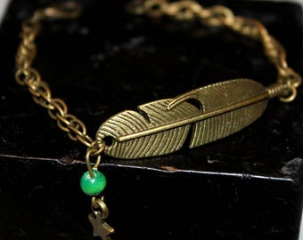Bronze bracelet with feather, Green Pearl and Star